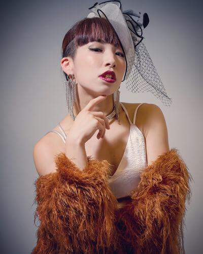 anri-burlesque-thumb-400x500-41447.jpg